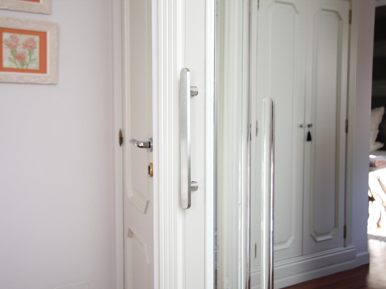 Accesorios puerta ingadesa - Manillones puertas correderas ...
