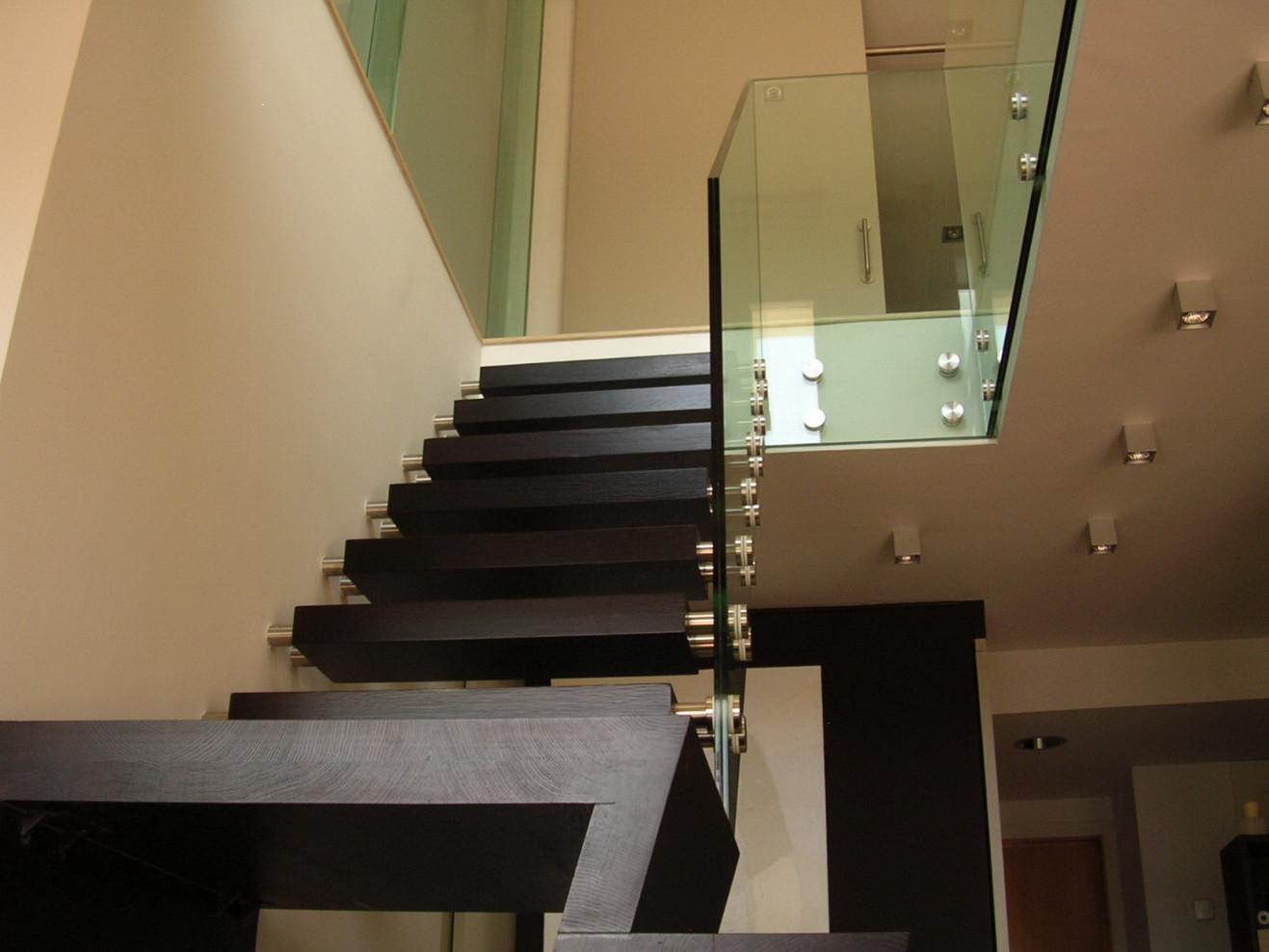 Escalera de vidrio en Terrassa